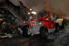 Feuer vernichtet Holzhaus in Stüde – Frau bei Brand verletzt